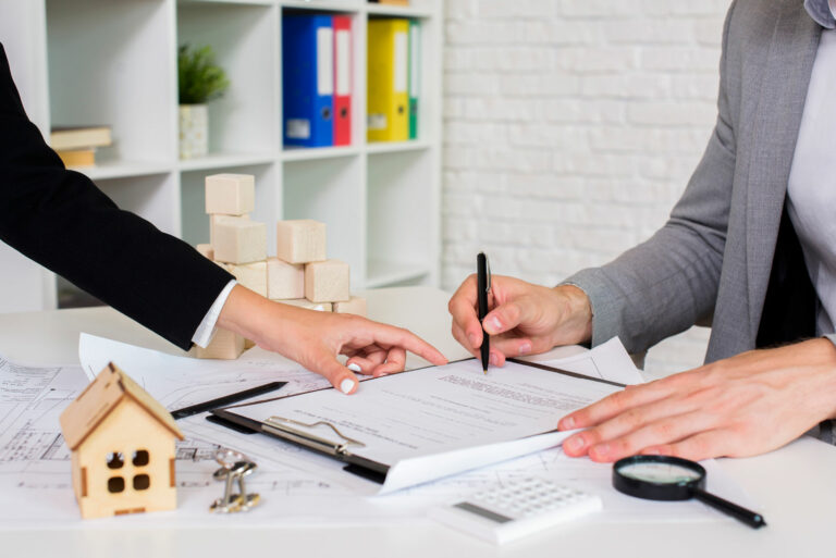 Reasons to Call a Real Estate Lawyer